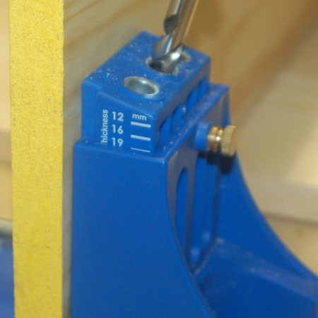 set up the pocket hole jig for wood thickness