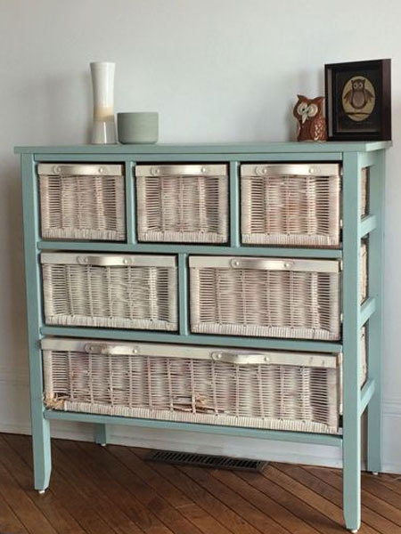 furniture makeover with spray paint