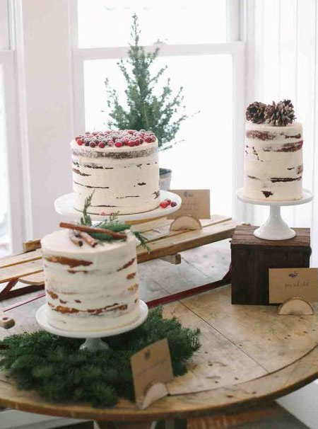 christmas cake wood stands
