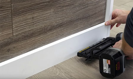 Feature Wall With Laminate Flooring, How To Put Laminate Flooring On Walls