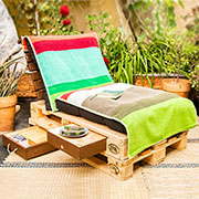 diy reclaimed pallet wood garden lounger