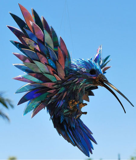 turn old cds into animal sculptures