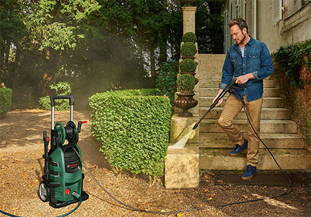 pressure washer to clean outdoors