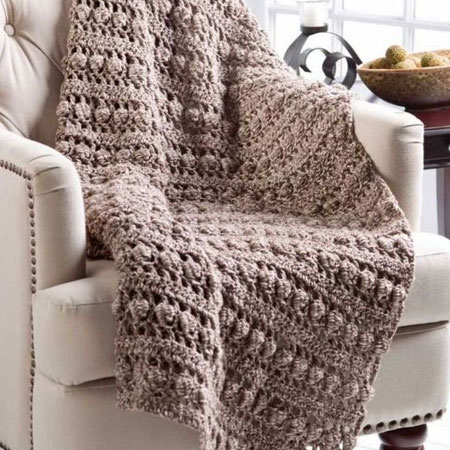 Crochet a cuddly throw