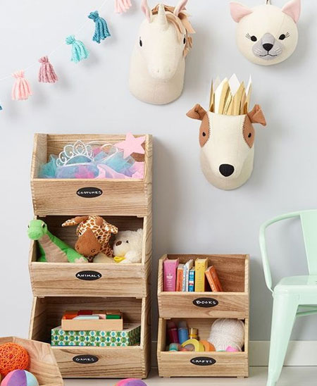 creative display for children's bedroom