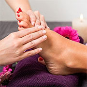 Advantages of Paraffin Wax for Legs and Hands
