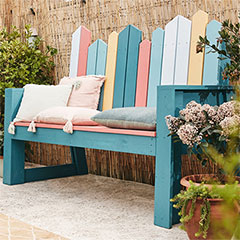 comfortable DIY bench for outdoors