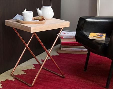Diy Folding Side Table Is Great For Indoors And Outdoors