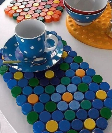 use plastic bottle caps to make placemats