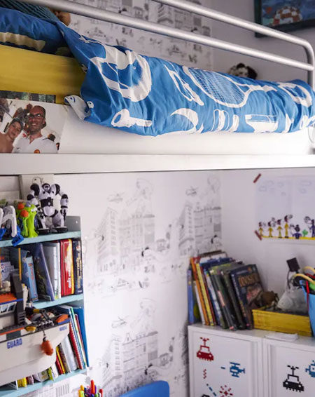 design a comfortable bedroom for child 8 - 12