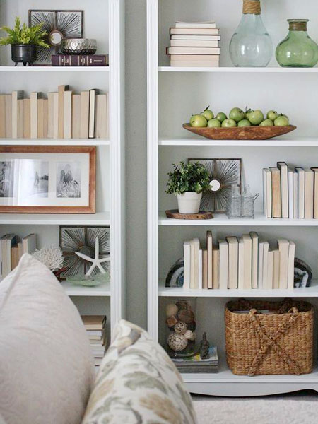 how to organize bookcase