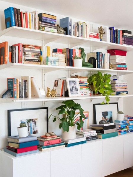 how to style and arrange bookshelf