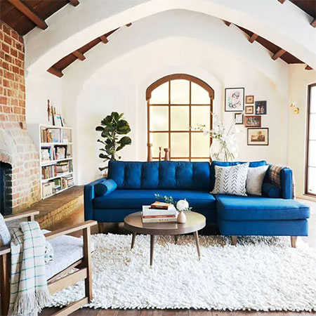 choose a corner sofa that fits into the room