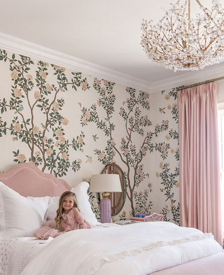 pretty patterned wallpaper for little girls bedroom