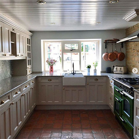Using Frenchic on Kitchen Cabinets and Cupboards