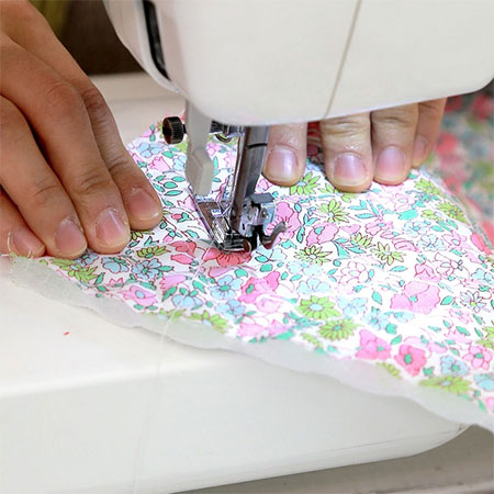 how to use sewing machine