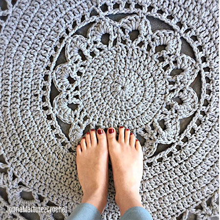 How to make Circular Floor Rugs for your Home