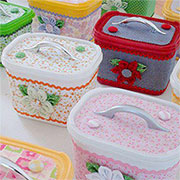 recycle crafts with ice cream tubs
