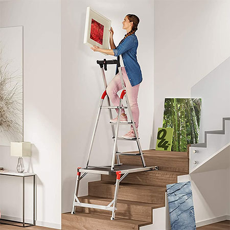 How To Paint {Or Clean} Staircase Walls And Ceilings