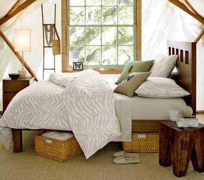 HOME DZINE Bedrooms | Bedroom storage ideas