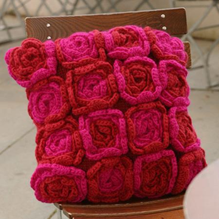 Lacy Crochet: Crochet Rose Tutorial - blogspot.com
