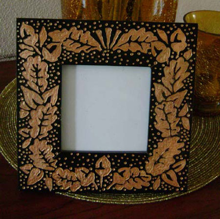 HOME DZINE Craft Ideas | Craft a carved picture frame