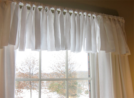Looking For A Quick And Easy Way To Dress Up Window With Or Without Curtains Momtastic Shows Us How Create This Stylish Treatment Fabric