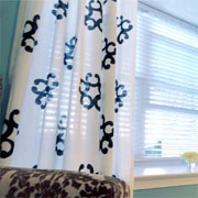 How to paint curtains