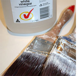 how to clean oil paint brushes with white spirit