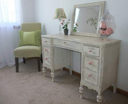 age dsitress vintage furniture - HOME DZINE Old Becomes New Becomes Old  Again - How To Make Furniture Look Antique Antique Furniture