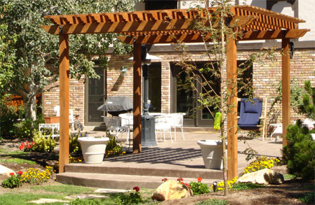 freestanding or wall-mounted Pergola