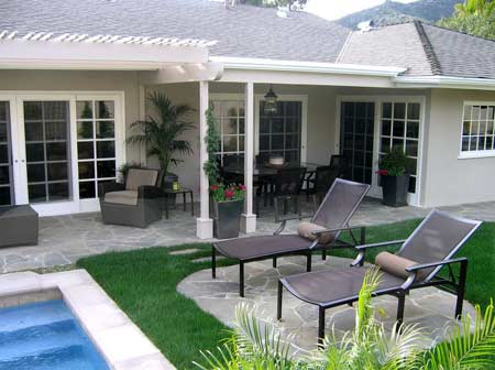 home dzine garden a beautiful landscaped garden for entertaining family and friends. Black Bedroom Furniture Sets. Home Design Ideas