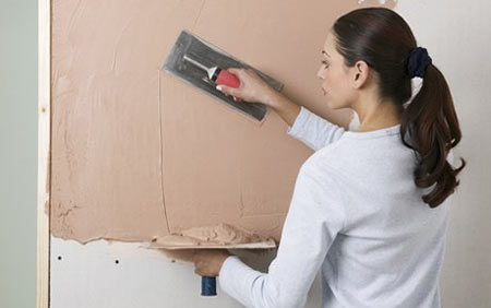 How to apply plaster to walls