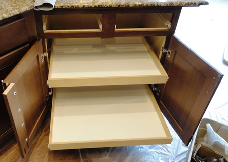 Home dzine kitchen diy pull out storage drawers pull out storage drawers kitchen cabinets solutioingenieria Image collections