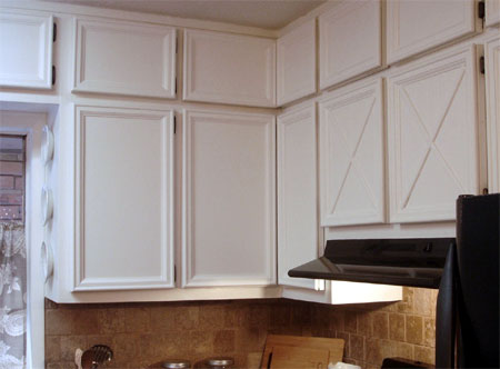 HOME DZINE Kitchen | Add moulding and trim to cabinets